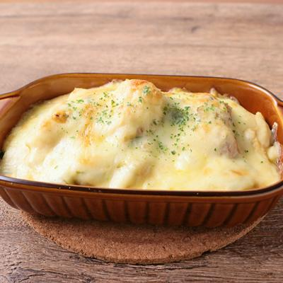 鶏もも肉とカリフラワーの豆乳味噌グラタン