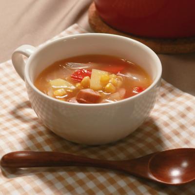 コーンたっぷり野菜のコンソメスープ