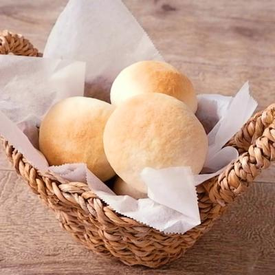 材料4つ ふわふわパン