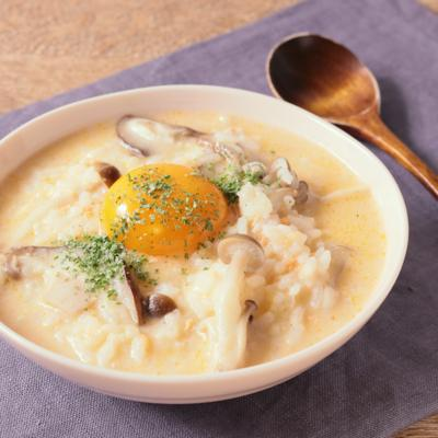 鮭フレークで レンジで簡単チーズ雑炊