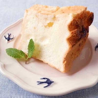白いシフォンケーキ
