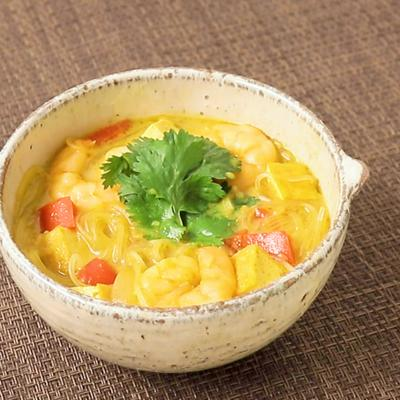 ラクサ風春雨スープ