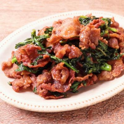 春菊とカリカリ豚肉の炒め物