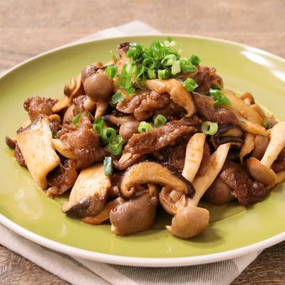 牛肉ときのこたっぷりのピリ辛みそ炒め