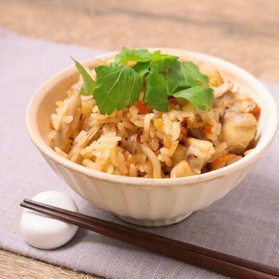 鶏肉と根菜の辛ウマ炊き込みご飯