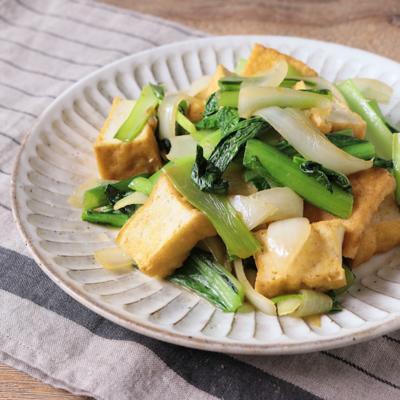 ゆず胡椒が決め手 小松菜と厚揚げの炒め物