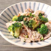 ブロッコリーと豚肉の梅肉和え
