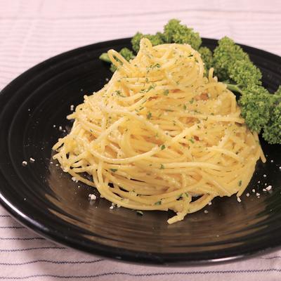 ワンパンで作るシンプルチーズスパゲティ