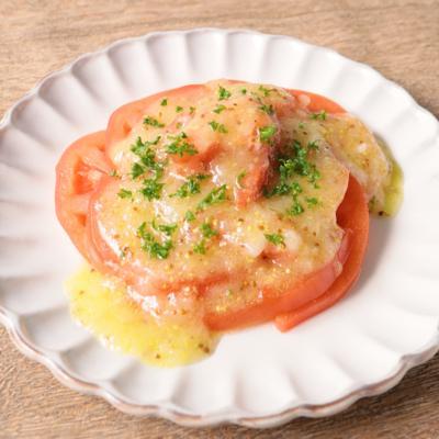新玉ねぎのドレッシングでトマトのサラダ