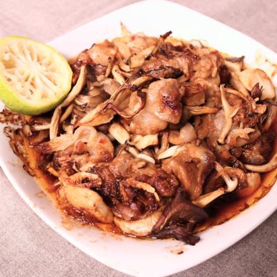 豚バラ肉とキノコのゆず豆板醤焼き