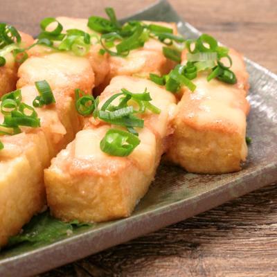 トースターで簡単 厚揚げの明太マヨチーズ焼き