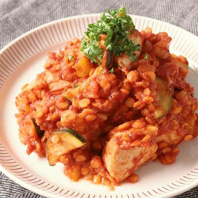 レンズ豆と鶏むね肉のトマト煮