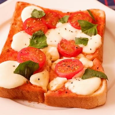 食パンで簡単 マルゲリータ風