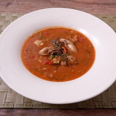 牡蠣とカニのガンボスープ