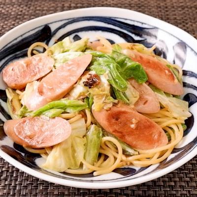魚肉ソーセージとキャベツのマヨ醤油パスタ