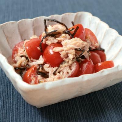 材料3つで簡単 ミニトマトとツナの塩昆布和えサラダ