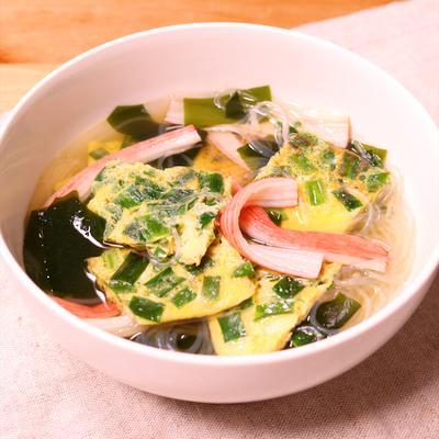 ニラ玉入り中華春雨スープ