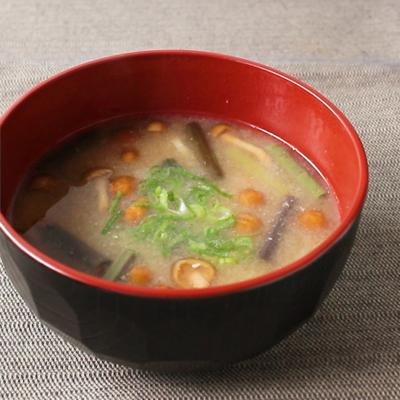 山菜たっぷり 納豆汁
