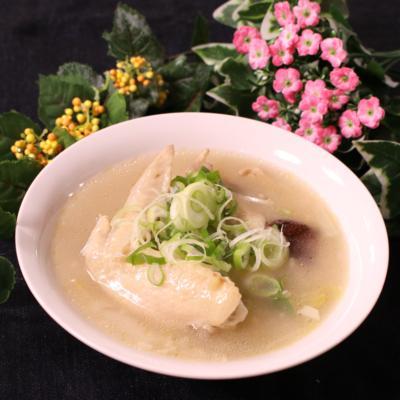 手羽先で参鶏湯風スープ