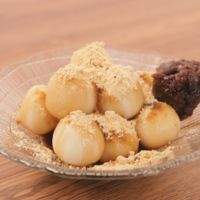 米粉と豆腐の黒蜜きな粉だんご