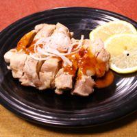 手作り辛うまソースで!中華風蒸し鶏