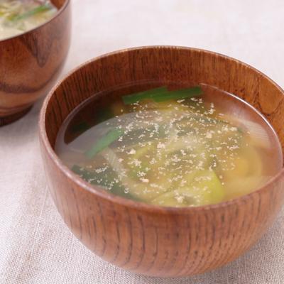 長ねぎとニラの味噌汁