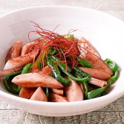 魚肉ソーセージとピーマン炒め