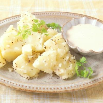 ヨーグルト味噌ディップで食べる ほくほくポテト