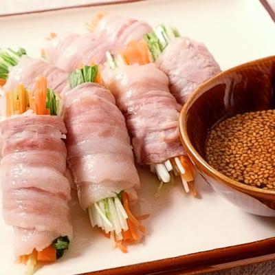 ピリ辛ポン酢でさっぱり 野菜の蒸し豚巻き