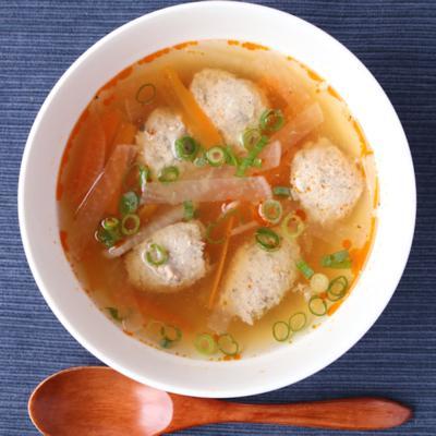 サンマつみれ入りすっぱ辛いスープ