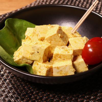 コロコロ木綿豆腐のマリネサラダ