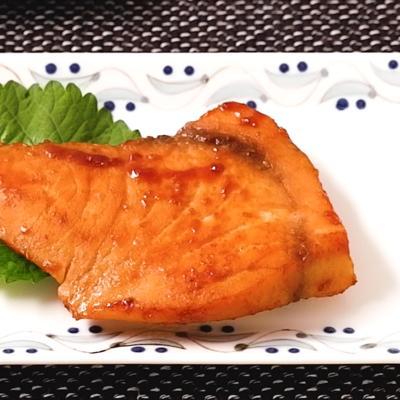 淡色味噌で作る メカジキの西京焼き