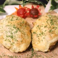 手軽に美味しい!アボカドご飯のチーズ焼き