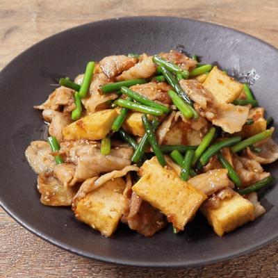 焼肉のタレで簡単 豚バラ肉と厚揚げの炒め物