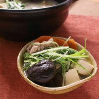 旨みたっぷり 鶏もも肉と水菜のさっぱり塩鍋