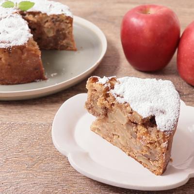 りんごとナッツのケーキ