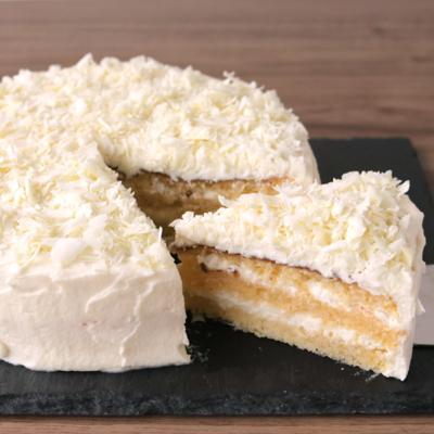 真っ白なチョコケーキ ザルツブルガー・トルテ