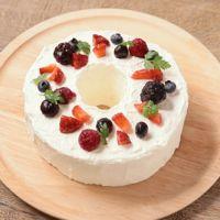 市販のスポンジで 簡単リースケーキ