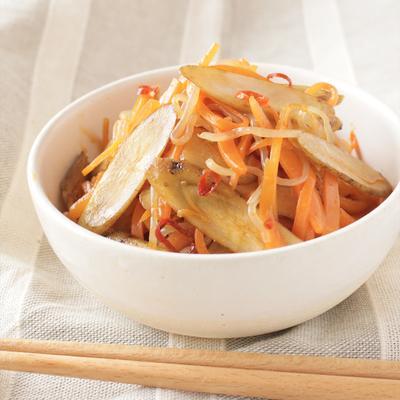 しらたきと根菜のピリ辛コチュジャン炒め