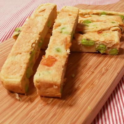 四角いフライパンで作る 枝豆とチーズのチキンスティック