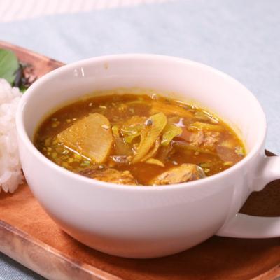 意外な組み合わせ!レンジで簡単スープ仕立てのサバカレー