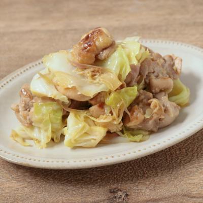 キャベツたっぷり鶏肉とミョウガの塩炒め