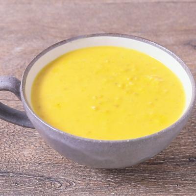 そばの実のかぼちゃスープ