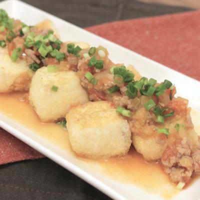 トマト肉味噌の揚げ出し豆腐