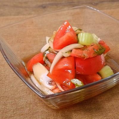 トマトとめかぶのさっぱりサラダ