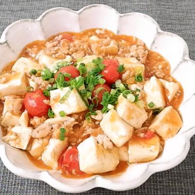 ミニトマトと木綿豆腐のチリソース炒め