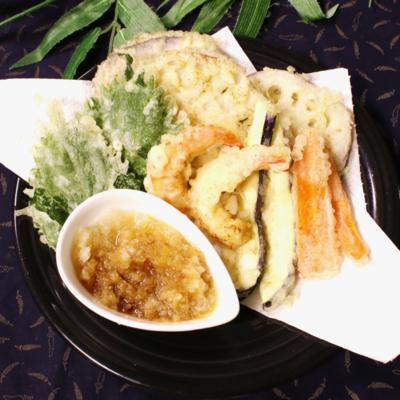 海老と野菜で♪天ぷら盛り合わせ