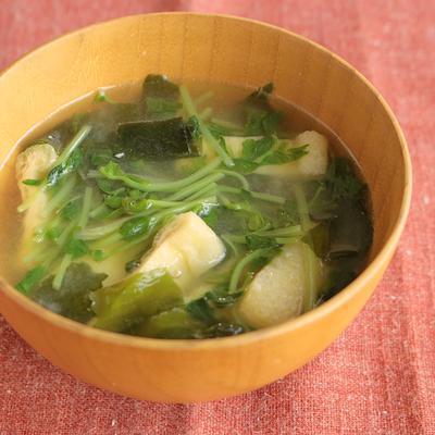 豆苗の油揚げのお味噌汁