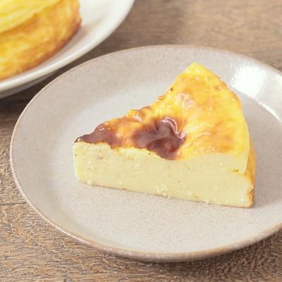材料3つ しっとりベイクドチーズケーキ