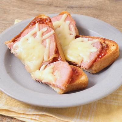 バター香る 厚切りハムとチーズのトースト
